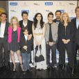 L'équipe du film entoure le réalisateur Pasacal Elbé à l'avant-première du film tête de Turc au cinéma Publicis sur les Champs-Elysées à Paris le 22 mars 2010