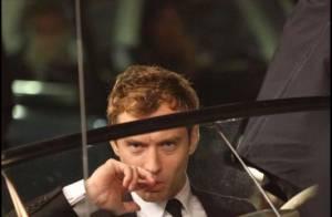 Jude Law passe encore des nuits blanches à Paris avec Guy Ritchie...