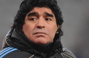 Diego Maradona opéré en urgence... il a subi une chirurgie plastique ! (réactualisé)