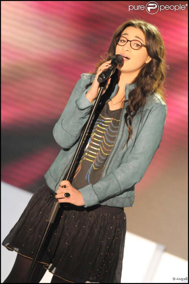 Camélia Jordana à l'enregistrement de  Vivement Dimanche , à Paris, le 17 février 2010 !