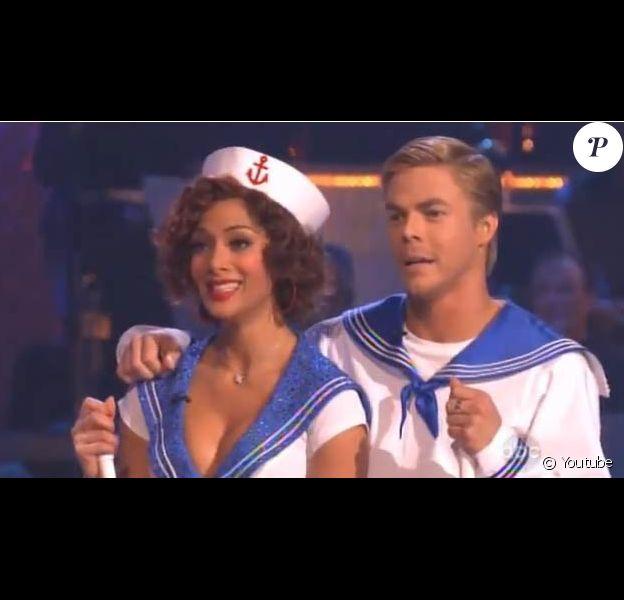 Nicole Scherzinger et son partenaire Derek Hough lors de l'émission Dancing With The Stars. 05/04/2010