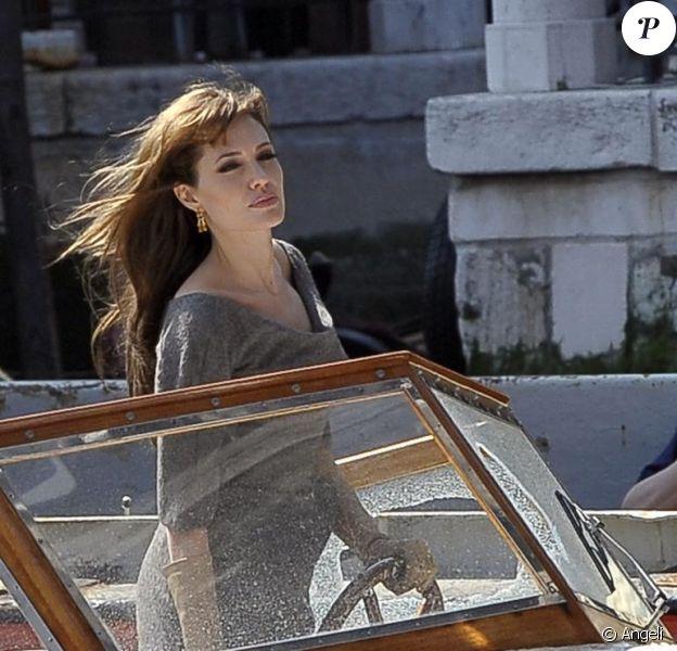 Angelina Jolie sur le tournage de The Tourist à Venise le 9 avril 2010
