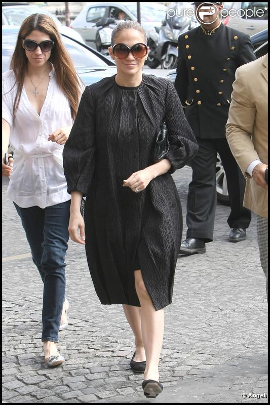 Jennifer Lopez à Paris le 25 avril 2010