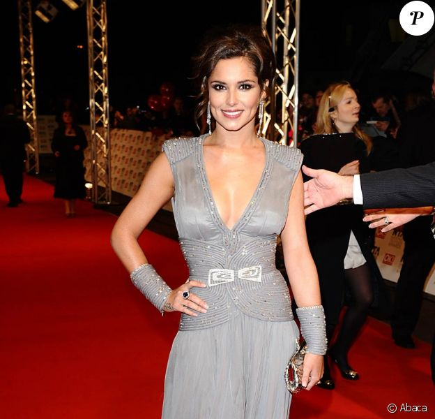 Cheryl Cole, 1ère du classement des filles les plus sexy de l'année, selon le magazine FHM.