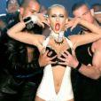 Dans le clip de  Not myself tonight , Christina Aguilera, très sexuelle, ne s'interdit aucune provocation et surfe sur des codes qui ont fait la gloire de Madonna et Lady Gaga