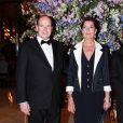 La princesse Caroline de Monaco, le 29 avril 2010, présidait avec le soutien de son frère le prince Albert le gala de bienfaisance de l'Amade, à l'Hôtel de Paris, à Monaco.