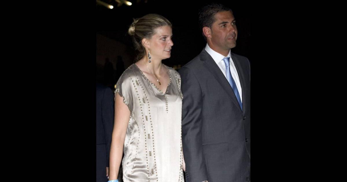 Athina onassis et son mari alvaro de miranda lors du global champions tour valence le 7 mai - Charlotte de turckheim et son mari ...