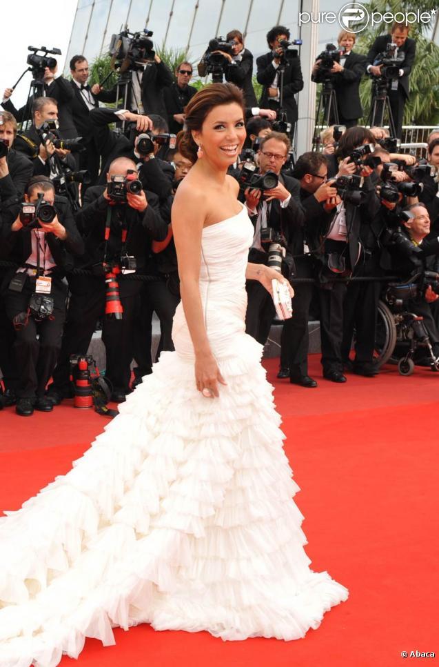 Eva Longoria lors de la première du film Robin Hood de Ridley Scott, à l'occasion du 63ème Festival de Cannes, le 12 mai 2010