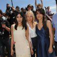 Leïla Bekhti, Géraldine Nakache, Audrey Lamy au photocall de Tout ce qui brille, lors du Festival de Cannes, le 16 mai 2010