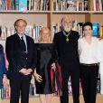 Michael Haneke fait Commandeur des Arts et des Lettres par Frédéric Mitterrand, ministre de la Culture, aux côtés de Juliette Binoche, Gilles Jacob et Thierry Fremaux lors du festival de Cannes le 16 mai 2010