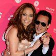 Mariés le 5 juin 2004, Jennifer Lopez et Marc Anthony ont décidé de renouveller leurs voeux le 12 octobre 2008, quatre ans, quatre mois et 1 semaine après le mariage à l'occasion d'une soirée très intime chez eux.