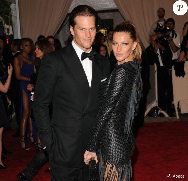 Mariés le 26 février 2009, Gisele et son beau Quaterback Tom Brady ont fait une cérémonie en avril 2009 au millieu de leurs familles respectives. Un couple terriblement impatient et... passionné !