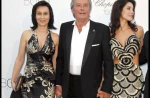 AmfAR 2010 - Même avec deux beautés à ses bras, Alain Delon fait la fête avec les divines Camilla Belle, Kate Becksinsale et Paris Hilton !