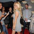 Pamela Anderson arrive à la soirée TheBigBluff.com organisée par le bloggeur Perez Hilton dans le club Industry. The BigBluff.com est un jeu qui propose une partie de poker virtuelle via Facebook le 24 mai 2010