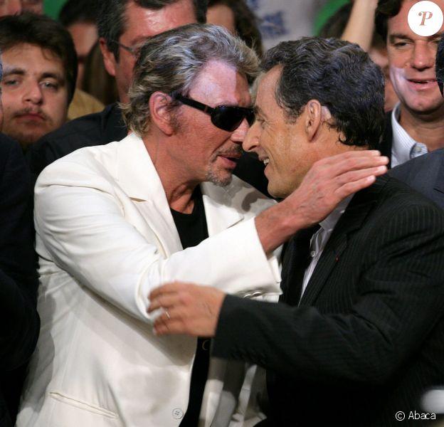 Nicolas Sarkozy soutenu par Johnny lors de sa campagne présidentielle