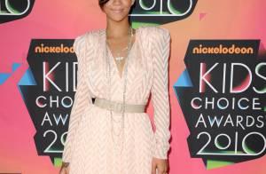 Rihanna assume ses formes voluptueuses et s'oppose... à la politique de la taille zéro !