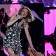 Taylor Swift lors de la 1ère cérémonie annuelle du Bayou Country Superfest au LSU Tiger Stadium à Baton Rouge en Louisiane, le 29 mai 2010