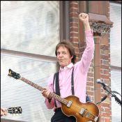 Regardez Paul McCartney déclarer sa flamme à Michelle Obama sous les yeux de Barack !