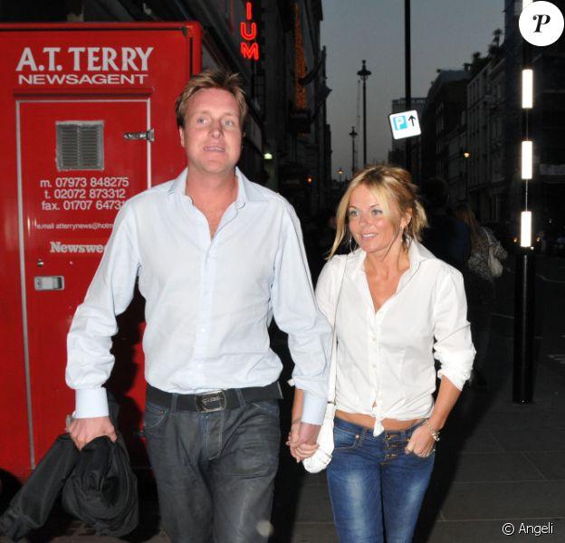 Geri Halliwell et Henry Beckwith lors d'une soirée de bienfaisance à Londres, le 2 juin 2010
