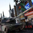Un char d'assaut sur Hollywood Boulevard, à l'occasion de l'avant-première de  L'agence tous risques , qui s'est tenue au Graumann's Chinese Theatre de Los Angeles, le 3 juin 2010.