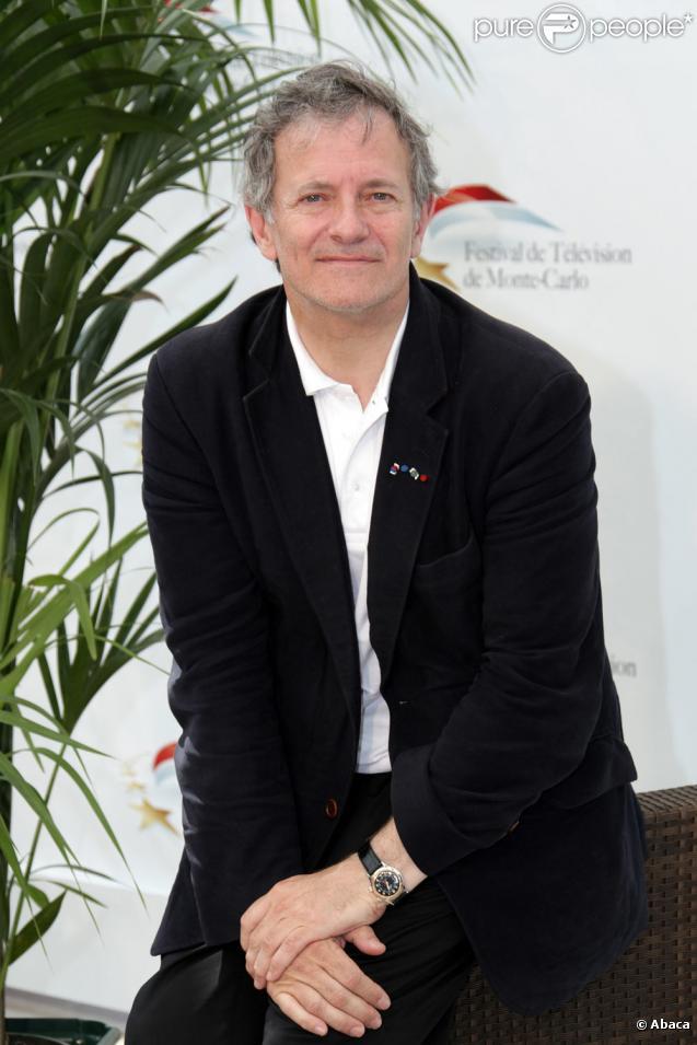 Francis Huster au photocall du Festival de télévision de Monte-Carlo (8 juin 2010)