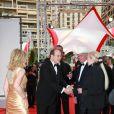 Le prince Albert de Monaco reçoit les convives (10 juin 2010 à Monte-Carlo)