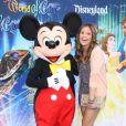 Nicole Anderson, lors de l'inauguration du nouveau spectacle musical World of Colour, au parc californien Disneyland, le jeudi 10 juin.
