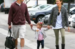 Jessica Alba : Sa fille trop craquante lui vole encore la vedette... la famille bonheur est de sortie !