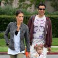 Jessica Alba, Cash Warren et leur adorable fille Honor à Los Angeles le 12 juin 2010