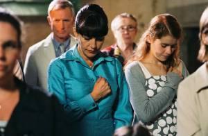Regardez Lio en femme effondrée par le départ de son mari !