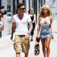 Shauna Sand s'affiche avec un nouveau boyfriend très sexy et très tatoué, à West Hollywood, jeudi 17 juin.
