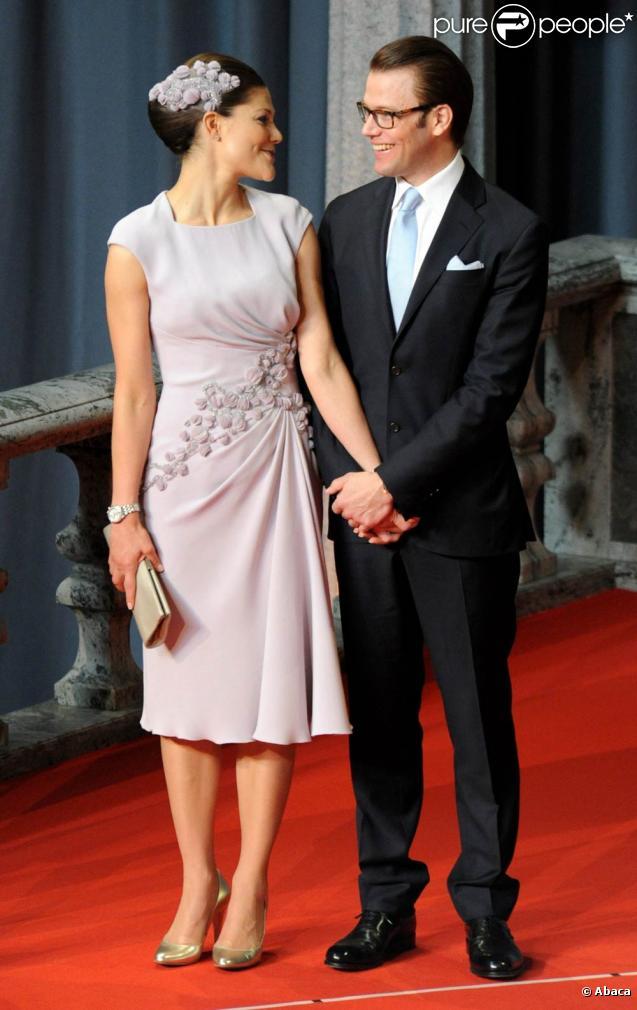 A Stockholm, les 16 et 17 juin, des invités de prestige ont commencé à affluer en vue du mariage de la princesse Victoria samedi 19 juin.