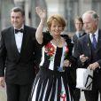 A Stockholm, les 16 et 17 juin, des invités de prestige ont commencé à affluer en vue du mariage de la princesse Victoria samedi 19 juin. Photo : le prince Radu de Roumanie et sa femme Margarita.