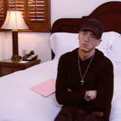 Eminem : Regardez le rappeur se ridiculiser lorsque l'on découvre quels sont ses films préférés !