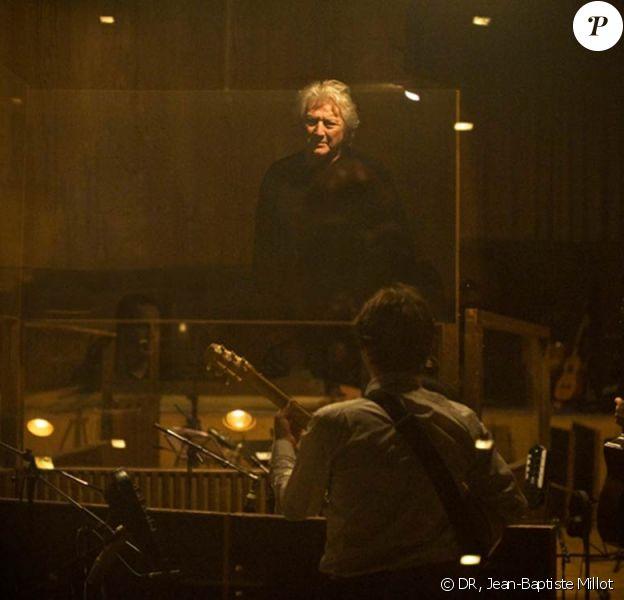 Le fantastique producteur et éditeur de musique Francis Dreyfus, père de l'actrice Julie Dreyfus, s'est éteint des suites d'une longue maladie dans la nuit du 24 au25 juin 2010.
