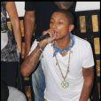 Pharrell Williams au VIP Room Theater de Jean-Roch, à Paris, le 25 juin 2010.