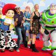 Dave et Stéphanie de  Nouvelle Star 2010  à l'occasion de l'avant-première de  Toy Story 3 , au Gaumont du Disney Village, à Marne-la-Vallée, le 26 juin 2010.