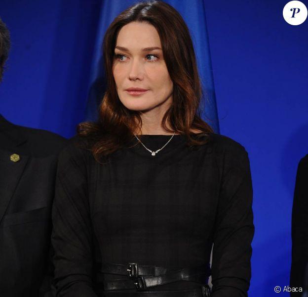 Carla Bruni, bientôt en tournage de Minuit à Paris, de Woody Allen, qui aura lieu à Paris, en juillet 2010.