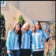 Veronica Ojeda, fiancée de Diego Maradona, avec ses soeurs, en Afrique du Sud, en juin 2010.