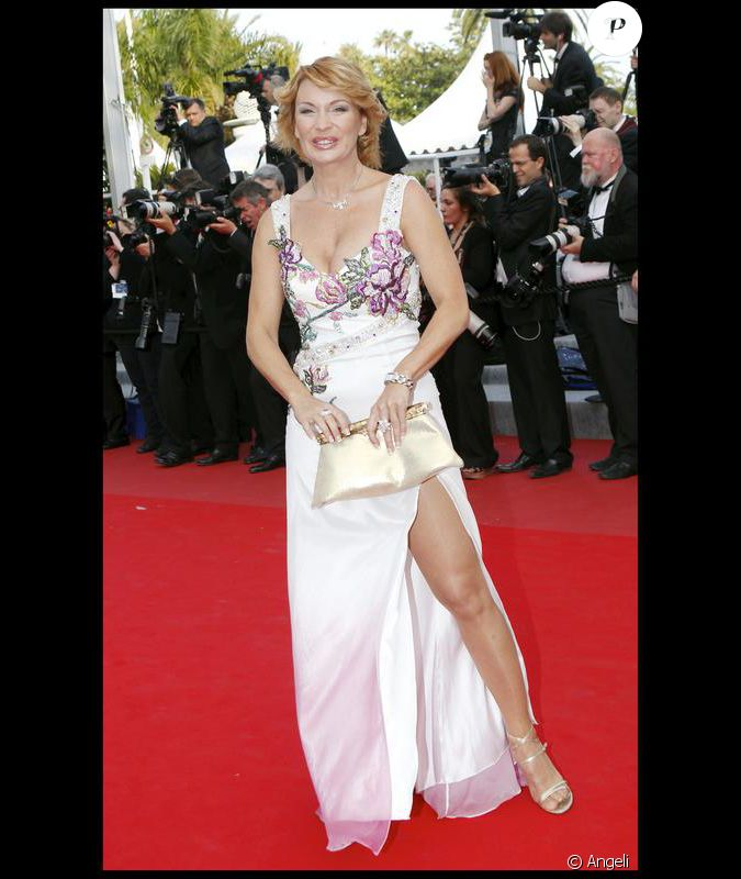 Selfie Marlene Mourreau  nudes (31 foto), YouTube, braless