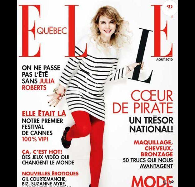Béatrice Martin (du groupe Coeur de Pirate) pose en une du magazine ELLE Québec daté du mois d'août 2010.