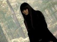 """Jena Lee : L'emblème emo-r'n'b invite une pâle copie de Kyo dans le clip de """"Eternise-moi"""" !"""