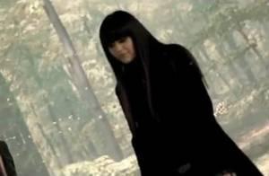 Jena Lee : L'emblème emo-r'n'b invite une pâle copie de Kyo dans le clip de