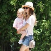 Rachel Bilson : Elle s'entraîne à jouer à la maman !