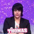 Thomas pense que John est le petit-fils de quelqu'un de très connu... mais ne validera pas son buzz après la confrontation.