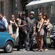 Jessica Alba en compagnie de Benji et Joel Madden à Paris