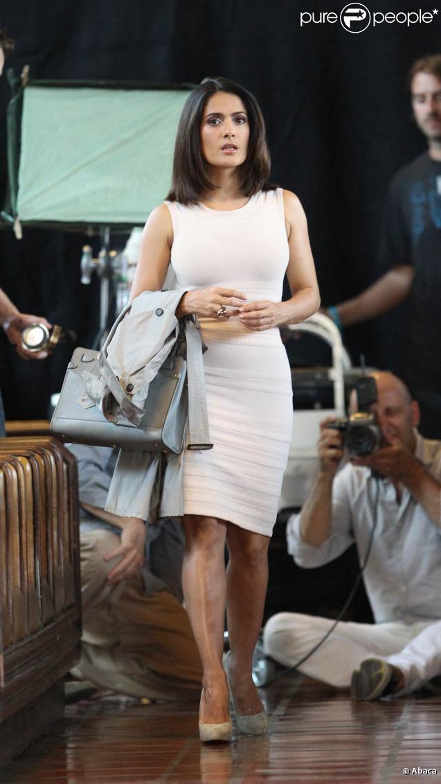 Salma Hayek lors d'un shooting pour Avon à Los Angeles