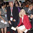 La princesse Mette-Marit de Norvège est arrivée dès le 17 juillet 2010 à Vienne pour la 18e conférence internationale consacrée au sida, qui s'étale sur six jours. En quelques heures, elle a multiplié les tenues...