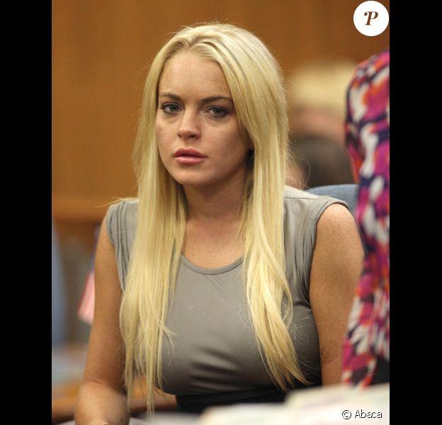 Lindsay Lohan prend connaissance de sa sentence définitive au tribunal de Beverly Hills avant son incarcération le 20 juillet 2010