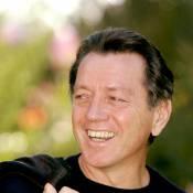 """Bernard Giraudeau : Olivier Marchal voulait l'associer à Gérard Lanvin et son fils Manu Lanvin dans """"Les Lyonnais""""..."""